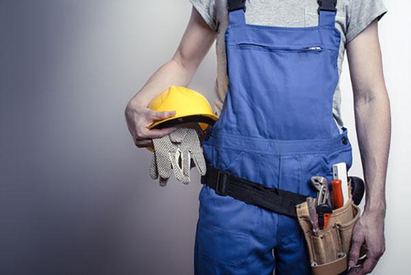 Reparieren und Bauem mit Ruck Zuck Transporte